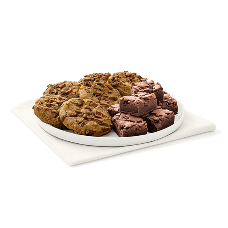 Small Chocolate Chunk Cookie and Chocolate Fudge Brownie Tray